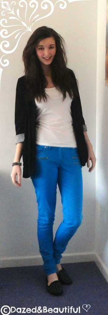 Outfit 1 - Casual christmas outfits copyright