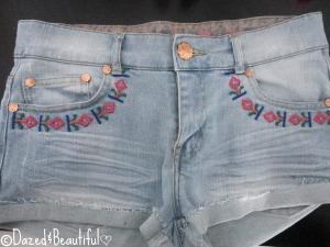 inspriation - shorts tribal nails copyright